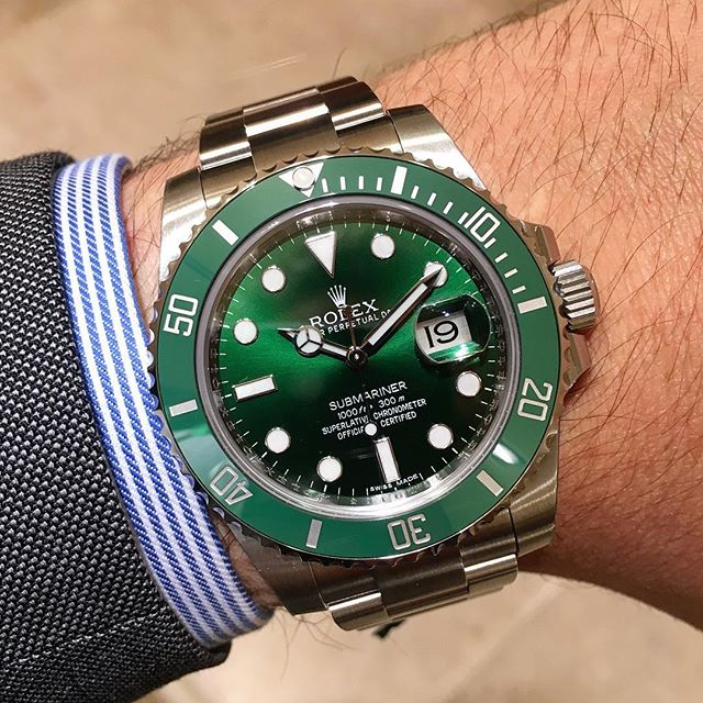 Rolex Submariner Ref. 116610LV, (c) Instagram @jeweler_in_paradise