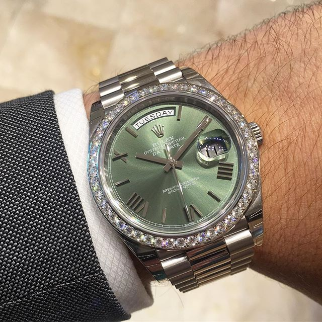 Rolex Day-Date 40 Ref. 228349RBR - Olivgrün