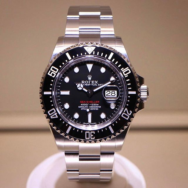 Rolex Sea-Dweller Ref. 126600, (c) Instagram @rolexdiver