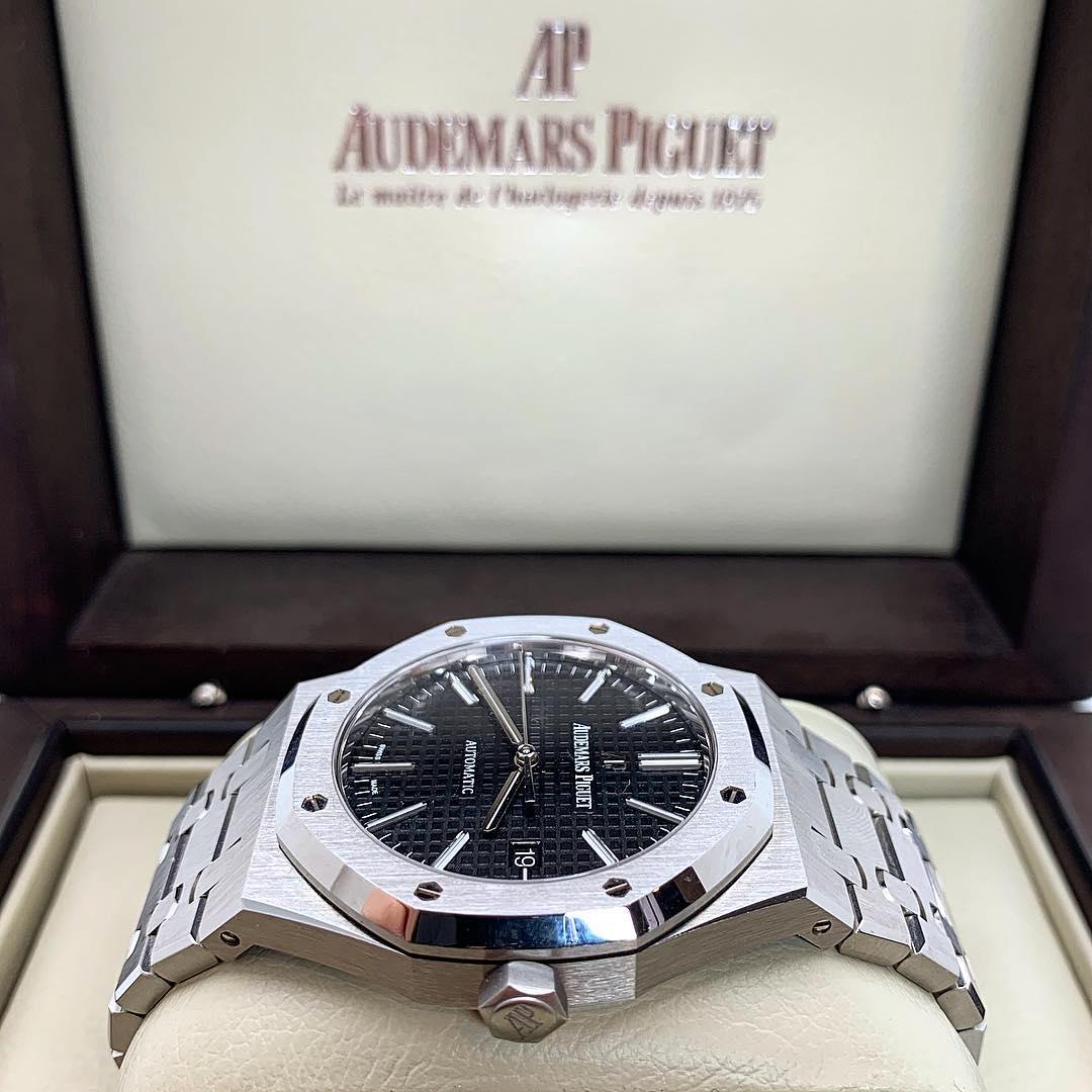 Audemars Piguet Royal Oak Automatik 15400ST.OO.1220ST.01